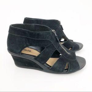 Earth Black Suede Poppi Mid Heel Wedge Sandals 10